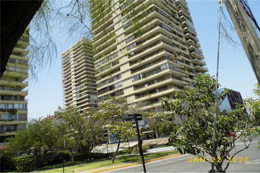 90 M Departamento Venta 3 Dormitorios Located At 7750 Av Apoquindo Las Condes Santiago Metropolitana De Santiago Cl Chile