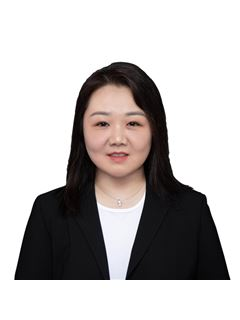 Susie Song - RE/MAX Crest Realty (Macdonald)