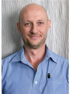 Frederik van Eeden - RE/MAX Advantage (Rosebank)