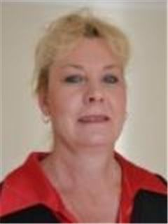 Magdalena Muller - Dazzle Kempton Park