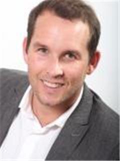 Zaren Courtney - Property Centre - Bothasig
