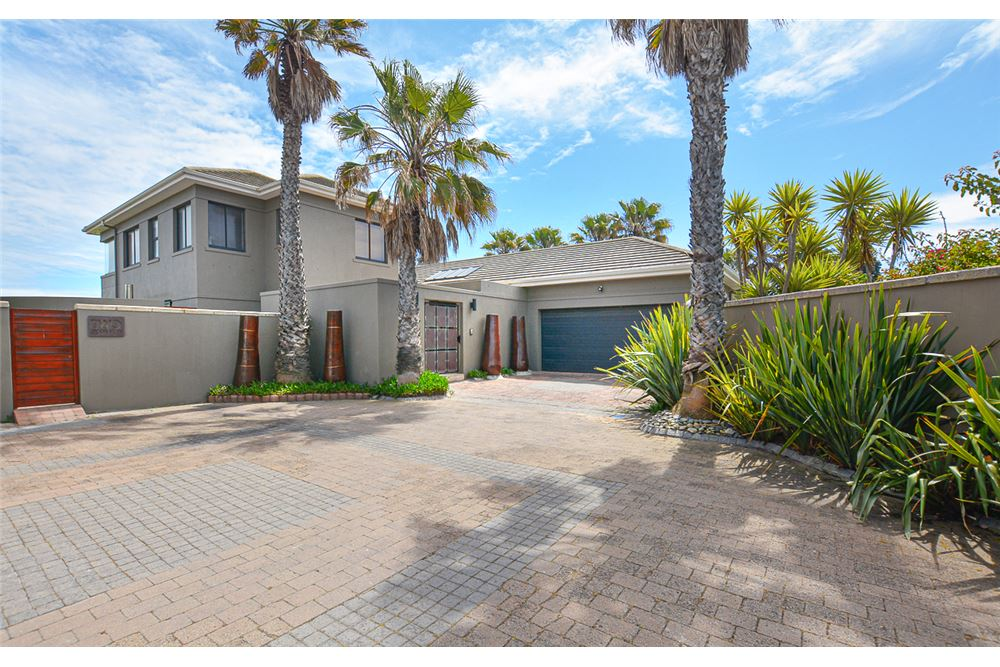 /House-For-Sale-Sunset-Links-Milnerton_1031261076-50