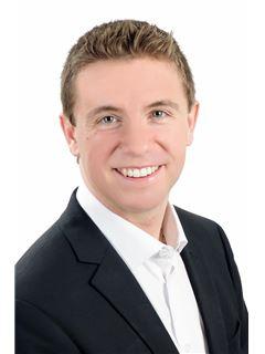 Jeff Knapp - RE/MAX Professionals North