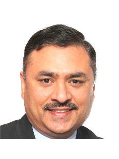 Naresh Sharma - RE/MAX Gold Realty Inc.