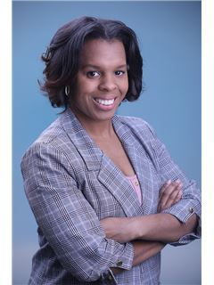 Lanise Pannell - RE/MAX Defined