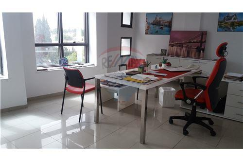 Tunisie real estate immeuble bureau vente re max tunisia