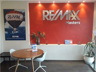 Office of RE/MAX Masters - Ain Zaghouan