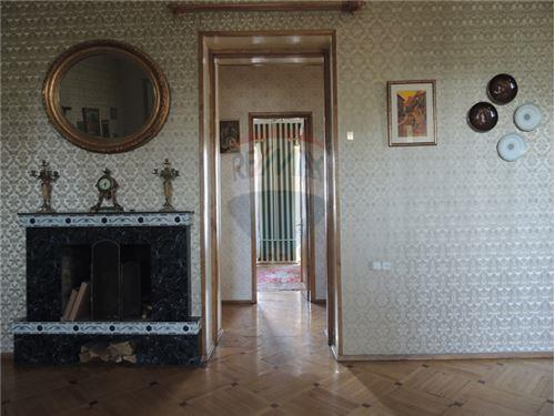 სასტუმრო ოთახი
