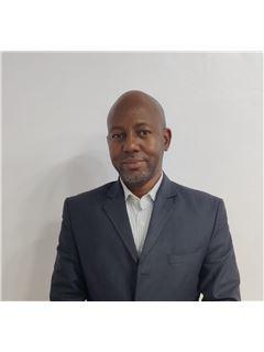 Jimmy Mwagumba - RE/MAX TAJI