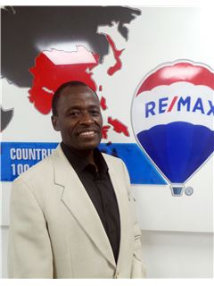 Keli Wambua - RE/MAX Professionals