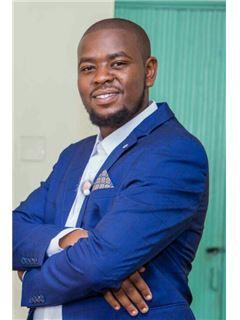 Douglas Mwaura - RE/MAX Professionals