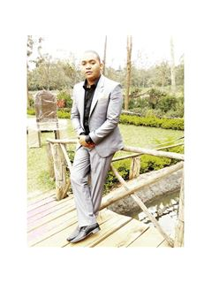 Lawrence Nyaga - RE/MAX Riviera