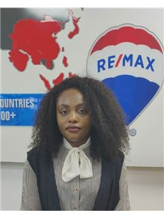 Steffany Mumbi - RE/MAX Professionals