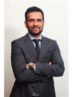 Zainul Hassanali - RE/MAX Professionals