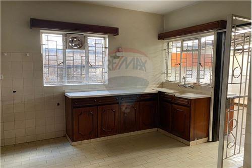 Townhouse - For Sale - Lavington - Kitchen - 106003024-1898