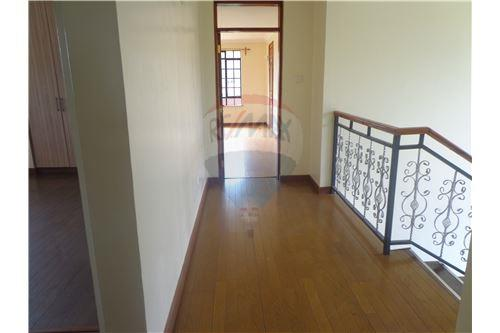 Upstairs corridor