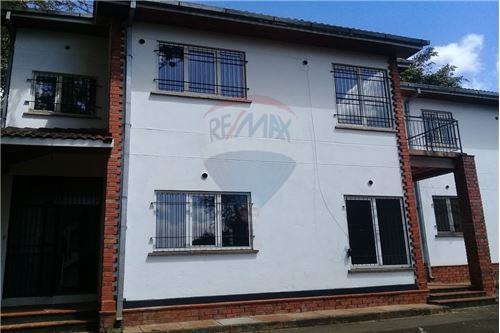 Duplex - For Rent/Lease - Runda - 3 - 106011019-156
