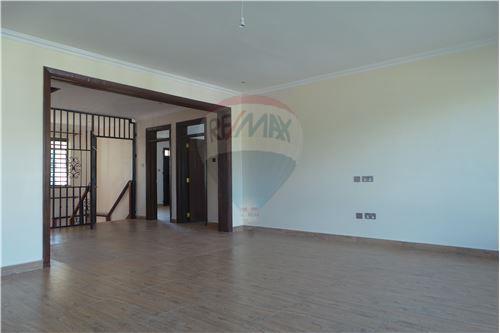 Villa - For Rent/Lease - Runda - Family Room - 106003062-49