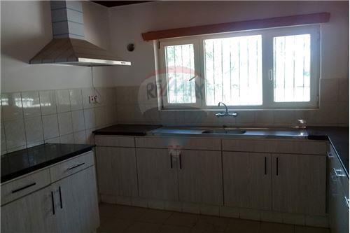 Duplex - For Rent/Lease - Runda - 11 - 106011019-156