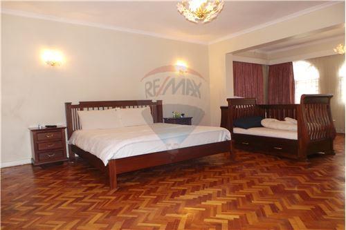 Bungalow - For Sale - Runda - 23 - 106003062-67