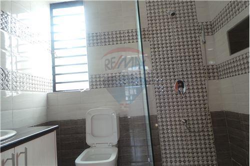 Villa - For Rent/Lease - Runda - 50 - 106003062-49