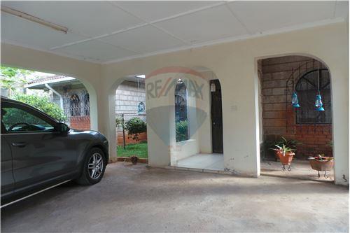 Bungalow - For Sale - Runda - 25 - 106003062-67