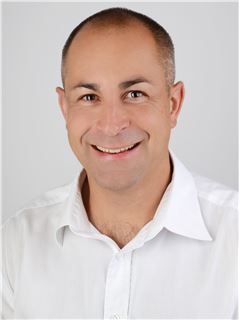 Broker/Owner - Claude Scholl - RE/MAX Goldküste