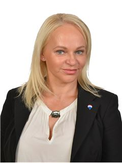 Renata Birrer - RE/MAX Plus - Dietikon