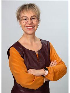 Renate-Sonja Moosmann - RE/MAX Generation