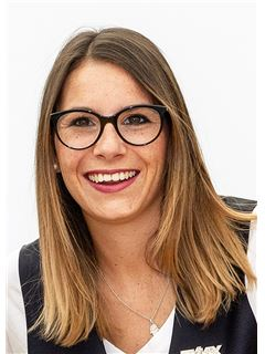 Lina Cecere - RE/MAX Properties - Reinach