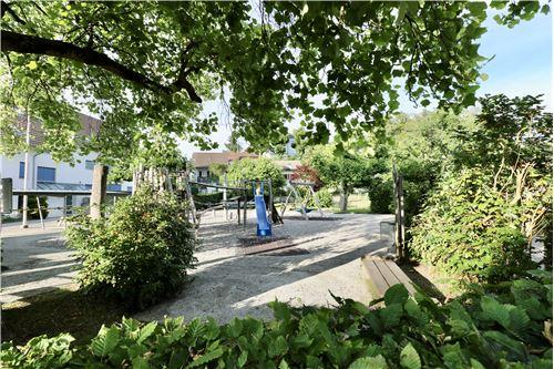 Einfamilienhaus - Kauf - Burg AG, Aargau - Kinderspielplatz - 119761007-51