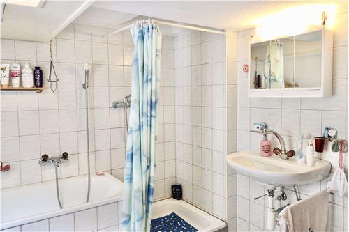 Einfamilienhaus - Kauf - Burg AG, Aargau - DG: Badezimmer - 119761007-51