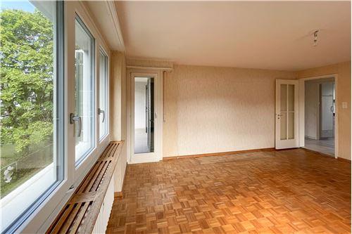 Wohnung - Kauf - Reinach BL, Basel-Landschaft - Wohnzimmer - 110091017-186