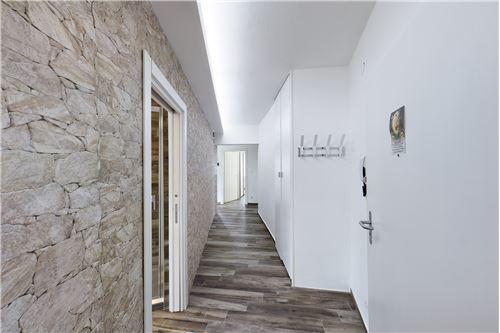 Wohnung - Kauf - Magliaso, Tessin - Ingresso - Eingang - Korridor / Gang - 119001076-34