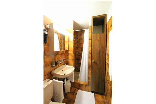 WC, Lavabo, Dusche