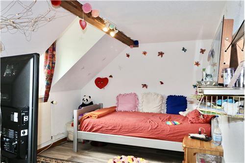 Einfamilienhaus - Kauf - Burg AG, Aargau - DG: Kinder-Zimmer 1 - 119761007-51