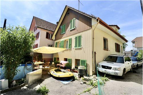 Einfamilienhaus - Kauf - Burg AG, Aargau - Süd- und Ost-Fassade - 119761007-51