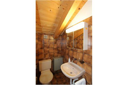 WC, Lavabo im Dachgeschoss