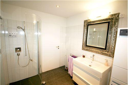 nasszelle mit dusche lavabo wc und wmtumbler - Nasszelle Dusche Wc