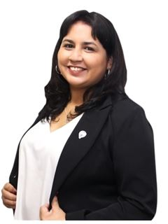 Patricia Barrios - RE/MAX FOCUS