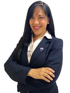 Carolina Paredes - RE/MAX TOTAL