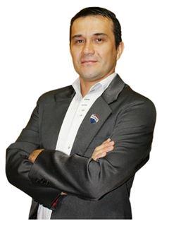 Oscar Martinez - RE/MAX MAESTROS INMOBILIARIOS