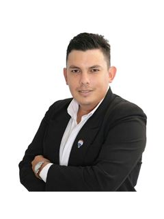 Team Manager - Miguel Gonzalez - RE/MAX CREATION