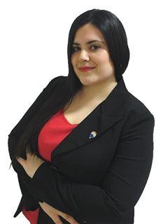 Leticia Vera - RE/MAX TOTAL
