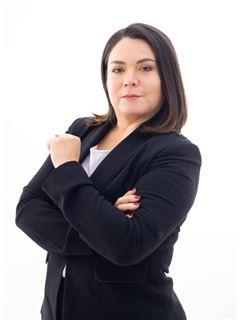 Laura Arguello - RE/MAX MAESTROS INMOBILIARIOS