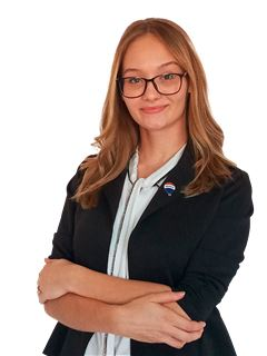 Cindy Wiebe - RE/MAX SOLUTIONS