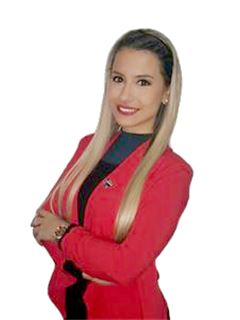 Carolina Segovia - RE/MAX FORCE