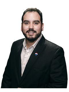 Carlos Ramirez - RE/MAX PORTAL