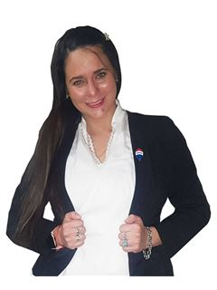 Paola Paredes - RE/MAX CREATION