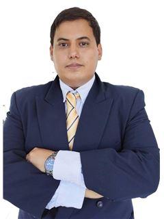 Joaquin Escobar - RE/MAX CONTIGO